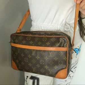 Authentic Louis Vuitton Trocadero